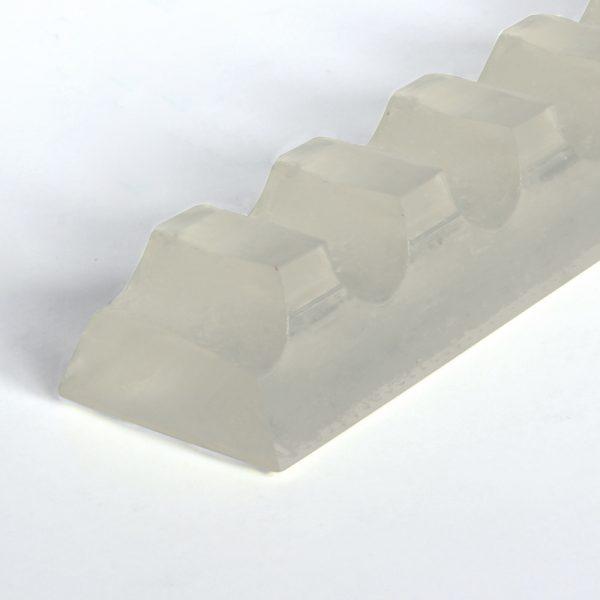 Keilleiste PU70A transparent glatt mit Verzahnung